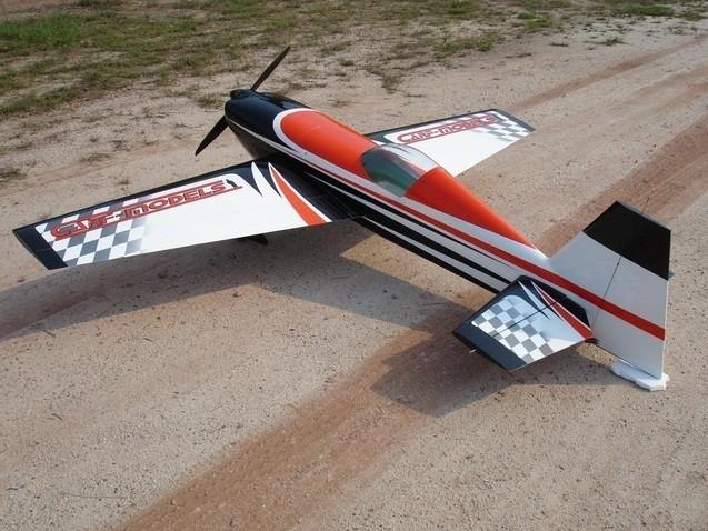 CARF-Models Extra 330SC 2,6m (Chequer - Orange)