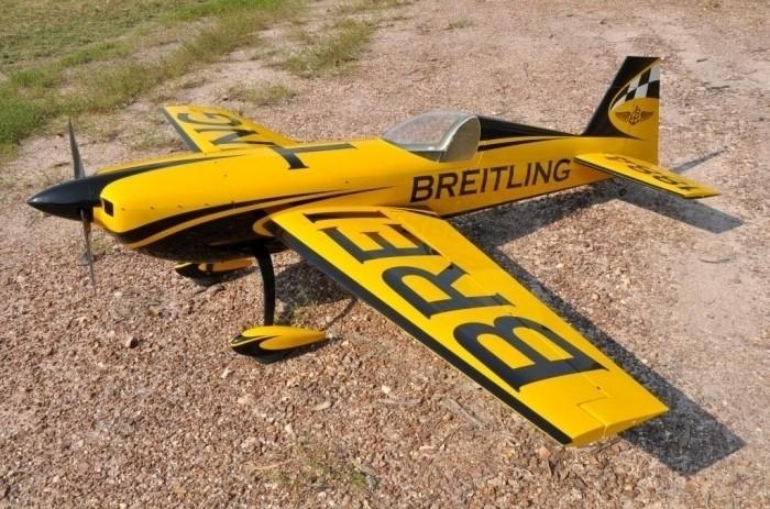 CARF-Models Extra 330SC 2,6m (Breitling Scheme)