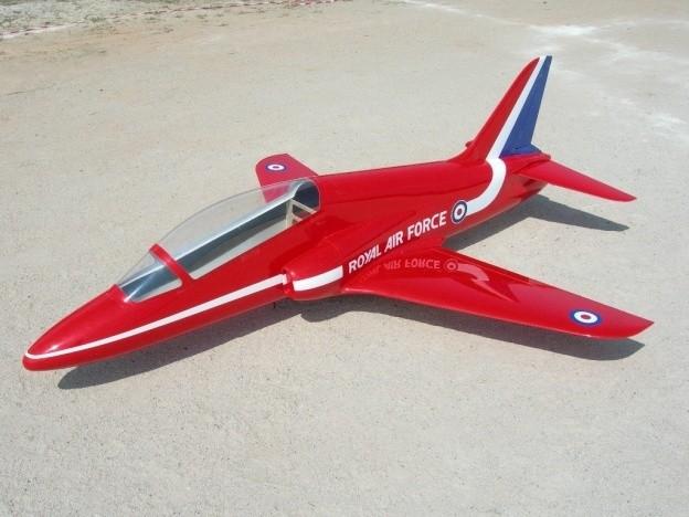 CARF-Models BAE Hawk (Red Arrows Scheme)