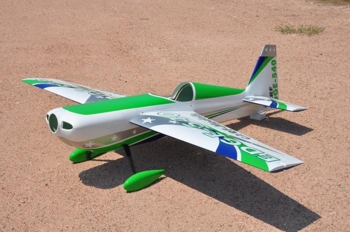 CARF-Models Edge 540 2.6m Airshow Scheme grün/blau