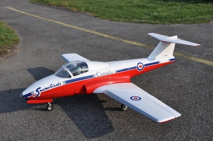 CARF-Models CT-114 Tutor - Snowbirds Scheme